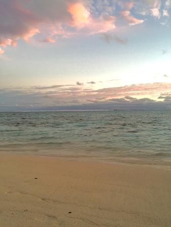 Moana Sands Beachfront Hotel: photo1.jpg
