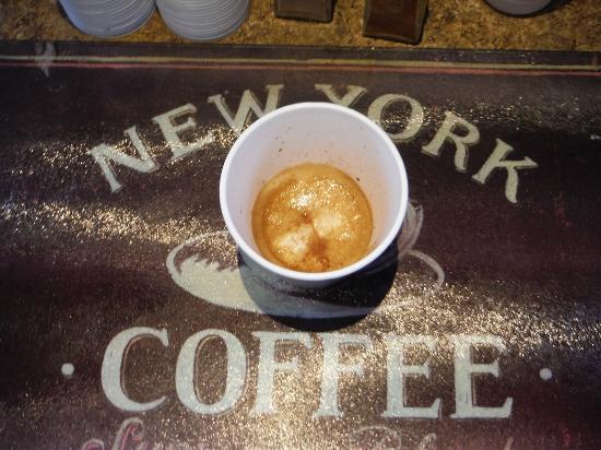 Harvest Coffee House & Beanery: Espresso macchiato.