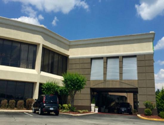 Baymont Inn Amp Suites Fayetteville Fort Bragg Area 64