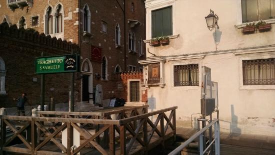 Ca' Turelli : View as you disembark Vaporetto