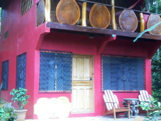 Cashew Hill Jungle Cottages: cuarto en cashew