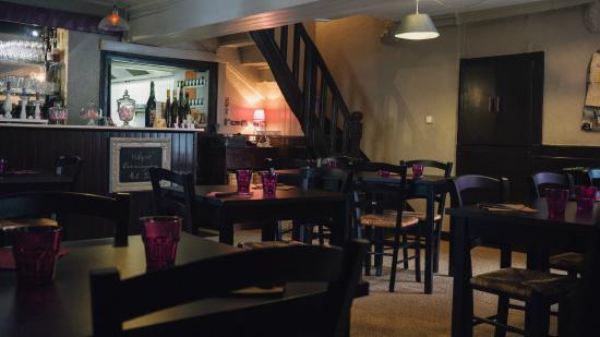 Creperie Le Quatrieme: Salle Restaurant