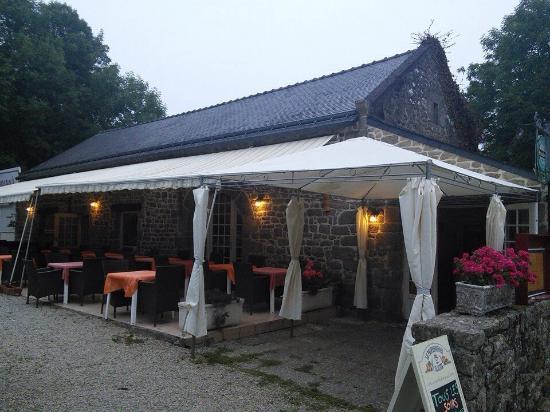 Auberge indienne de kercado carnac restaurant avis for Piscine kercado