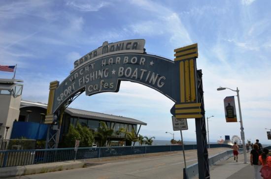 The Coffee Bean & Tea Leaf: Le Pier Santa Monica