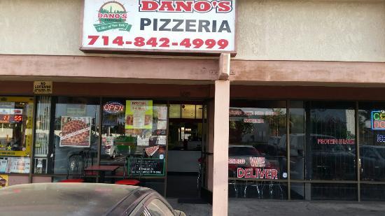 Dano's Pizzeria