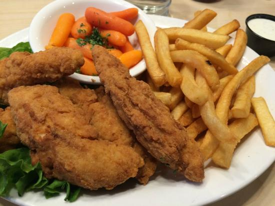 Kalama, WA: Chicken Strips & Fries w/a side of Cooked Carrots