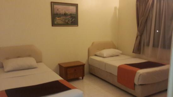Country Heights Resort: Twin bed