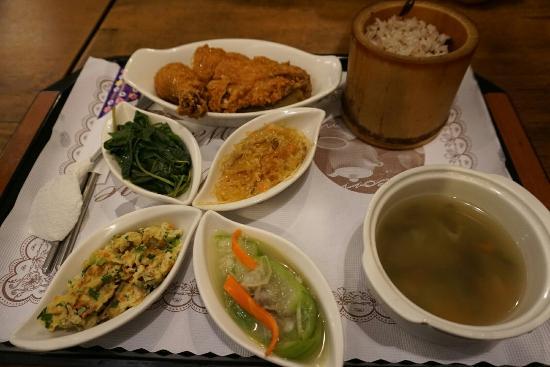 Ji Zhuan Complex Restaurant