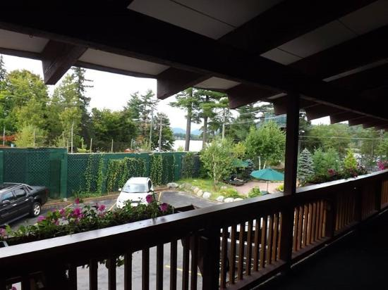 BEST WESTERN Adirondack Inn: Mirror lake in the distance.