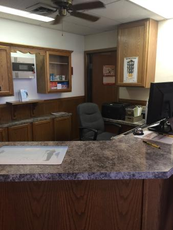 Super 8 Hays KS: Empty front desk. They need to work on customer service.