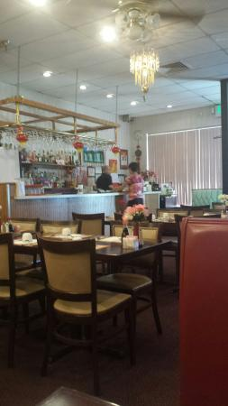 Lee's Hunan Chinese Restaurant