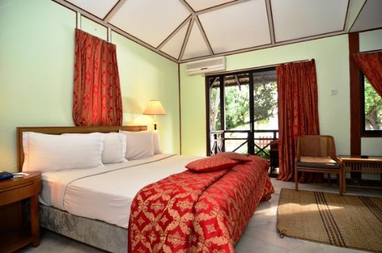 ปุเตรี บายู บีช รีสอร์ท: Bayu Villa Chalet