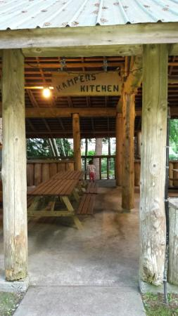 Seabreeze Resort: Camping kitchen!