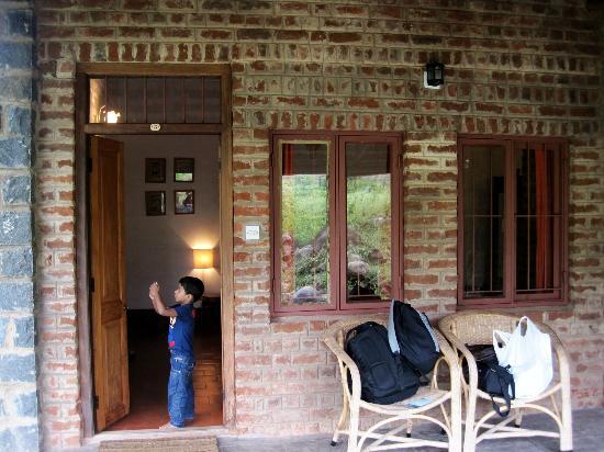 Jungle Retreat: cottage