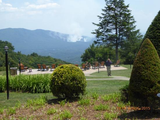Switzerland Inn: Utsikt mot dalgången