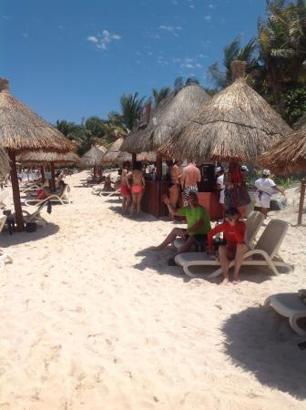 Luxury Bahia Principe Sian Ka'an: Sian Ka'an beach bar