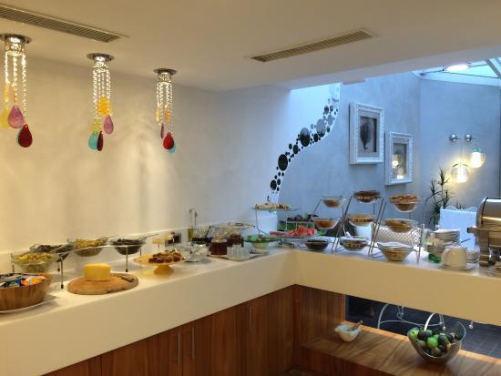 Biz Cevahir Hotel: photo0.jpg