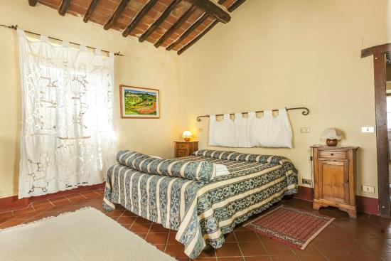 Azienda Fontelunga: bedroom 1 la bozza