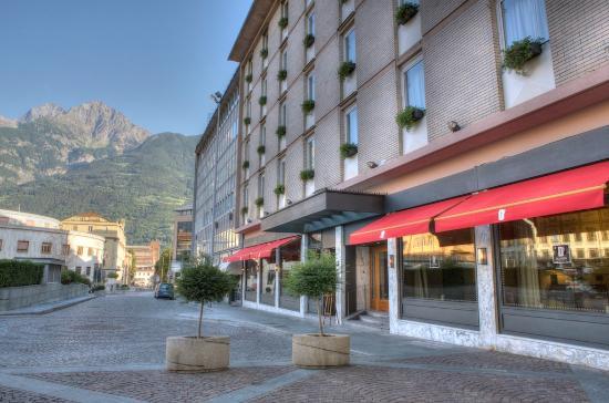 Hotel duca d 39 aosta prezzi 2018 e recensioni for Design hotel valle d aosta