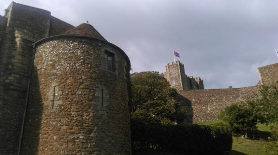 Peverell's Tower: Tower & Castle