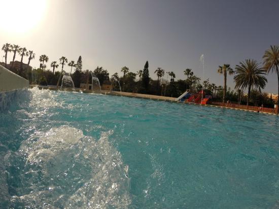 Toboganes picture of piscina parque benicalap valencia for Piscina parque benicalap