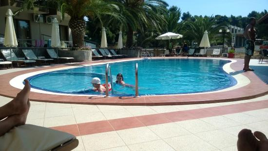 Hotel Simeon: Pool at day