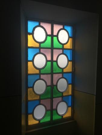 Hotel Alfieri: Витражные окна отеля