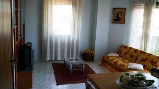 Casa Vacanze Bellavista: il salone rinnovato