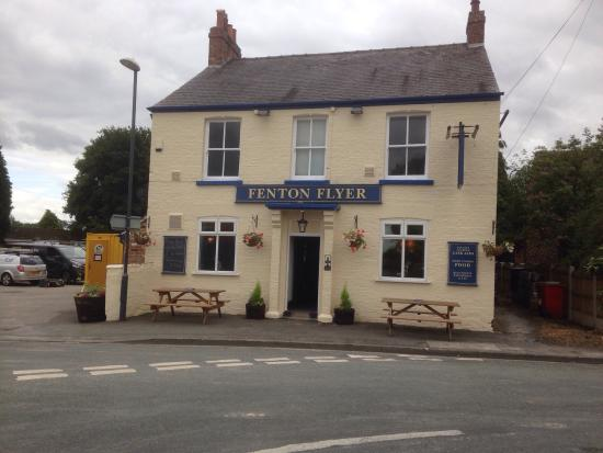 Church Fenton, UK: Newly decorated & new planters for front of the pub + new children's play equipment for the beer