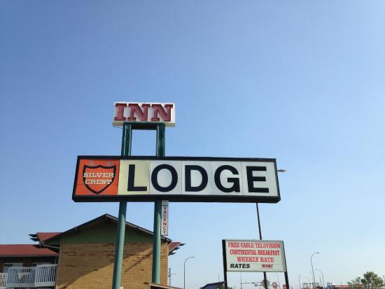 Silver Crest Lodge: Hotel Enterance 2