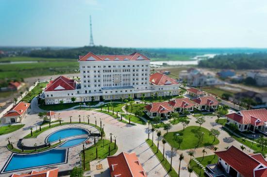 Ban Thach Riverside Hotel