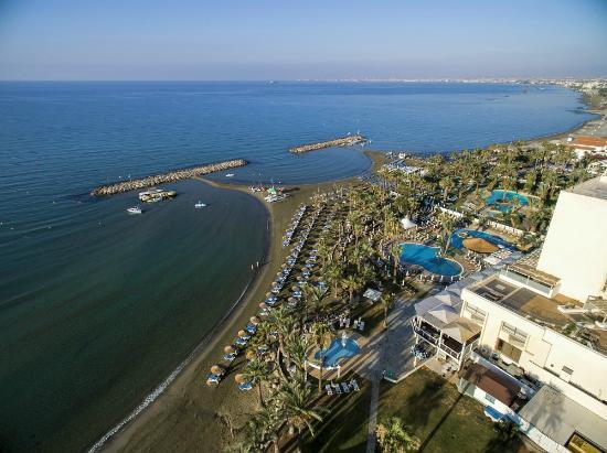 Golden Bay Beach Hotel: Golden Bay - Territory