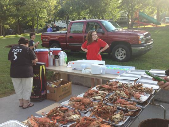 Round Top Campground: Special Activities - Crab Feast