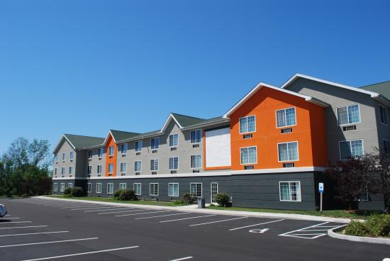 Photo of Country Inn & Suites By Carlson Erie South