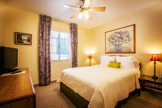 Mar Bay Motel & Suites: Apartment Suite - Bedroom