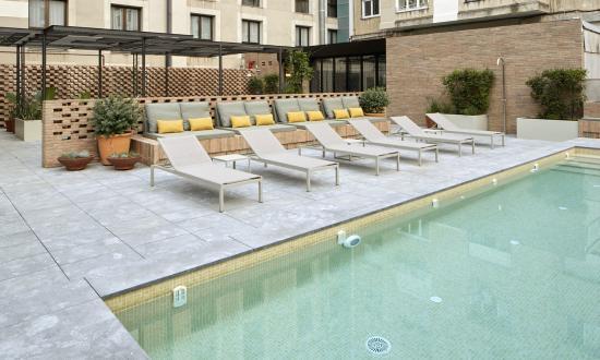 Alexandra Barcelona A DoubleTree By Hilton : Alexandra New Outdoor Pool