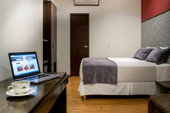 Hotel Florencia Plaza: Habitacion