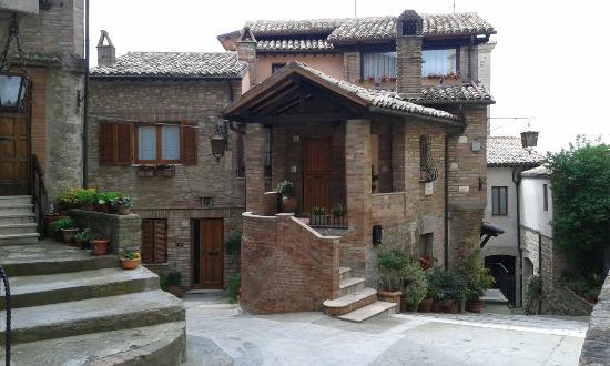 Collazzone, Italie : -