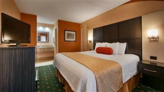 Best Western Spanish Quarters Inn: Guest Room with King Size Bed