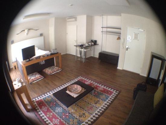 A Small Hotel: photo0.jpg