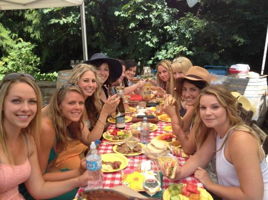Cheers Cowichan Tours: Gals from work out for a winery tour-Averill Creek Vineyard