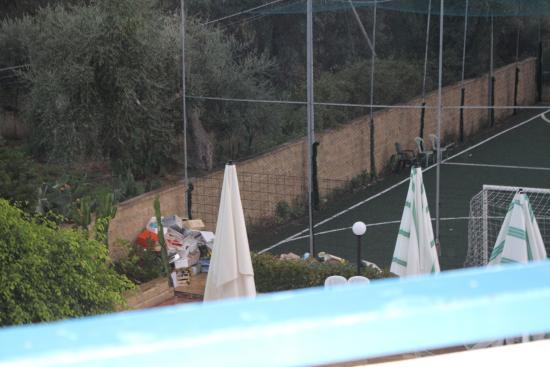 Acquedolci, Włochy: Campo di calcio.