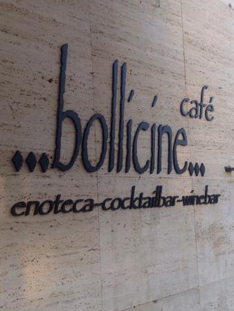 Tirrenia, Italia: Bollicine caffè