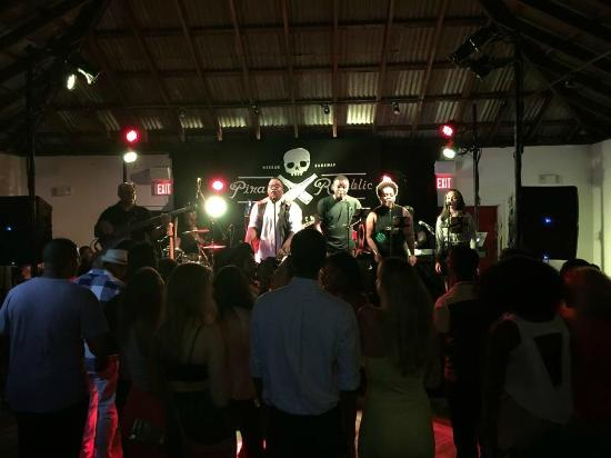 Pirate Republic Brewing: Local artists perform to a packed house in The Brig at PRB