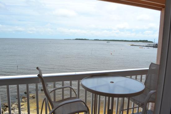 Cedar Cove Beach & Yacht Club: Balcony view