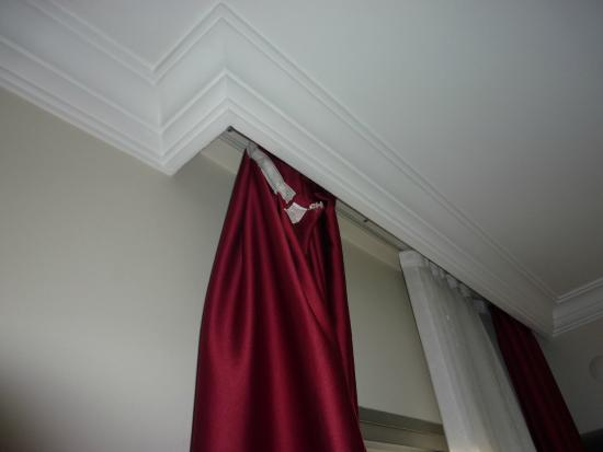 Dabaklar Hotel: Curtain was not fixed