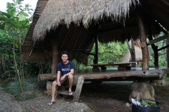 Saung Di Sapulidi Picture Of Sapulidi Cafe Resort Bandung