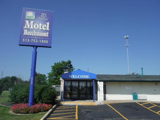 Motel Beechmont (Cincinnati East): Motel Beechmont main office.