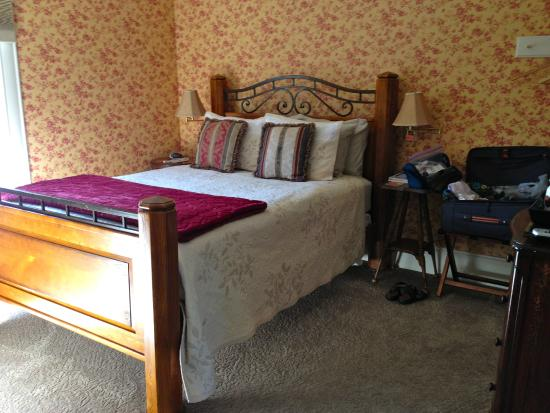 Abigail's Bed and Breakfast Inn: View of the bedroom
