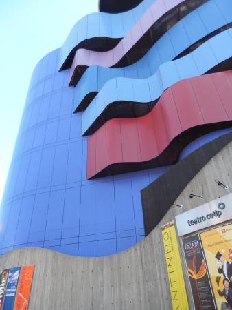 Instituto Tomie Ohtake: Exterior Instituto Tome Ohtake